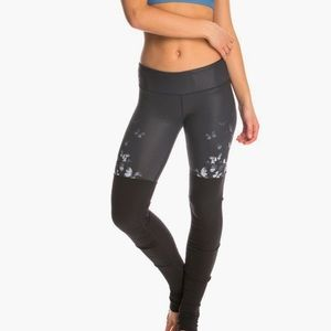 ALO XS Gypset Goddess Butterfly Ribbed Legging